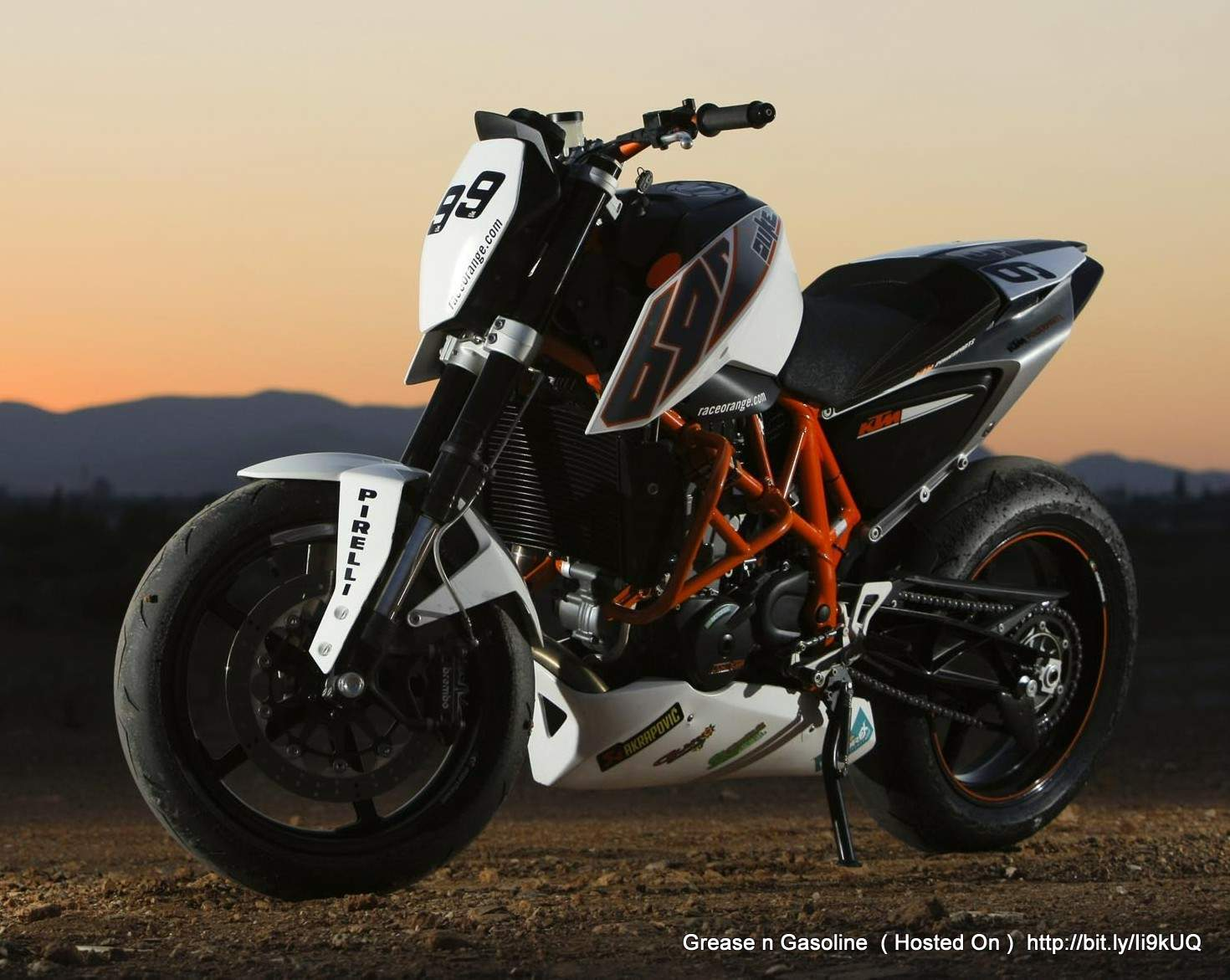 ktm 690 duke track grease n gasoline. Black Bedroom Furniture Sets. Home Design Ideas